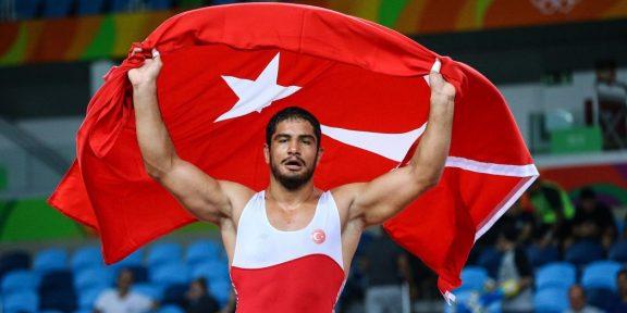 Taha Akgül 7.Kez Avrupa Şampiyonu